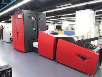 メディアテクノロジージャパン、デジタル印刷機「XEIKON9800」を披露