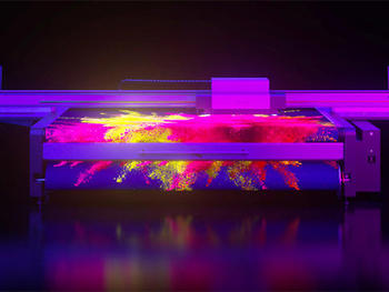 swissQprint、UVプリントインクにネオンカラーを追加