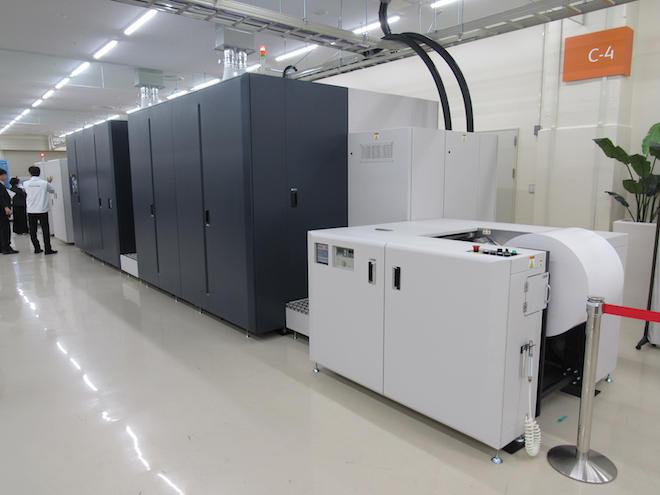 富士フイルムグループの技術を結集した「11000 Inkjet Press」