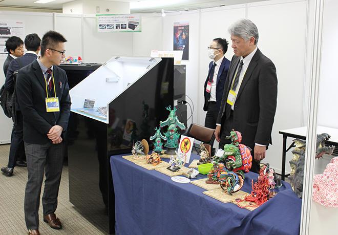IJ方式3Dプリンタによる様々な出力作品を展示