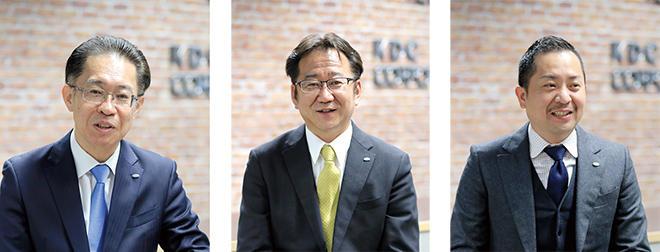 左から、伊倉社長、濱口部長、中谷部長